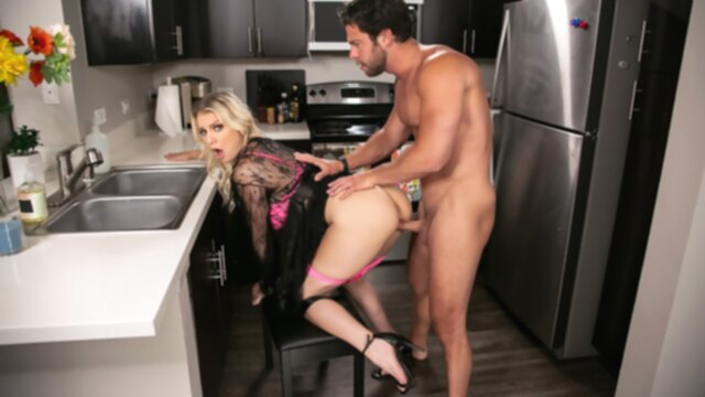 Kenzie Chooses Dick Over Dishes Free Video With Kenzie Taylor & Seth Gamble - Brazzers KeezMovies big ass